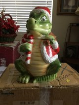 Alligator Christmas Santa Cookie Jar in Travis AFB, California