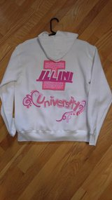 U of I  sweat shirt in Tinley Park, Illinois