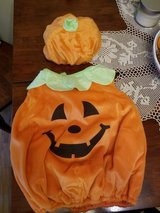 Pumpkin Halloween costume, 3T - 4T in Warner Robins, Georgia
