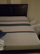I comfort queen mattress and frame in Bolling AFB, DC