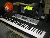 NICE YAMAHA YPT 240  KEYBOARD in Yucca Valley, California