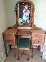 Oak Vanity in Kingwood, Texas