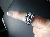 Mens rhodium ring- sz 10 in Baytown, Texas