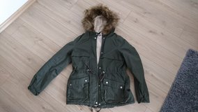Winter jacket, dark green, like new in Ramstein, Germany