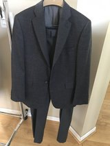 Boy's suit separates in Naperville, Illinois