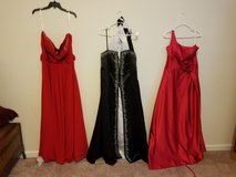Ball/Formal gowns in Camp Pendleton, California