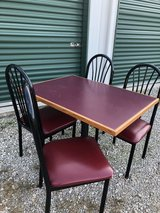 Dining table with 4 chairs in Fort Leonard Wood, Missouri
