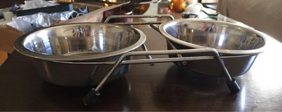 Stainless Bowls/Holders in Naperville, Illinois