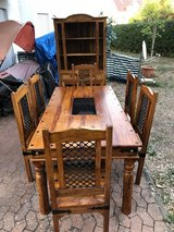 BEAUTIFUL MERLING DINING TABLE (SET) with 6 chairs & hutch cabinet in Wiesbaden, GE