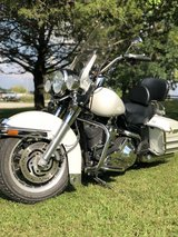 2004 HD ROAD KING POLICE EDITION in Fort Leonard Wood, Missouri