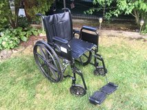 Excel 1000 Wheel Chair in Naperville, Illinois