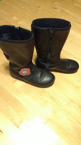 Black leather girl boots Bumbums brand!! size 2 in Tacoma, Washington
