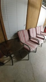 4 Patio Chairs and small table in Warner Robins, Georgia