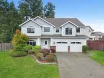 Beautiful Home In Puyallup close to everything!! in Fort Lewis, Washington