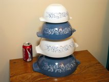 Pyrex Colonial Mist Nesting Kitchen Mixing Bowls in Bartlett, Illinois