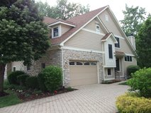 PLAINFIELD DUPLEX in Private Gated Community with Lake/Pool/Clubhouse (Plainfield, IL) in Westmont, Illinois