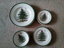 Christmas Crockery - Nbr 9 in Lakenheath, UK
