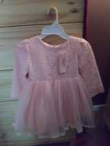 Beautiful pink dress size 3 to 4 years in Warner Robins, Georgia