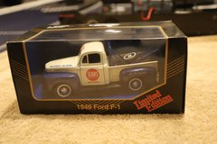 Vintage 1949 Ford pick-up - Die cast Metal in Naperville, Illinois