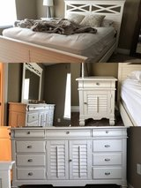 Queen sized bedroom set, mattress, box spring in Nashville, Tennessee