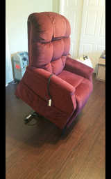 Electric Power Lift Chair in Kingwood, Texas