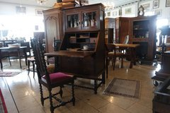English writing desk with barley twist stand, inlay work and facetted glass in Baumholder, GE