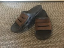 Men's Shoes Crocs Sandals Size 9 in Naperville, Illinois