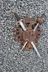 solid wood crest with 2 swords in Ramstein, Germany
