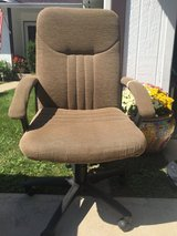 Rolling Office Chair in St. Charles, Illinois