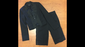 BGBGMAXAZRIA Black Tuxedo Suit, Sz XS/2 in Fort Campbell, Kentucky