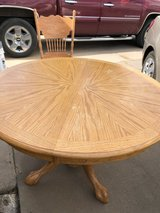 Solid Oak Table with 6 chairs in Alamogordo, New Mexico
