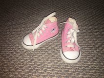 Toddler Girls Shoes - Converse Chuck Taylor Size 5 in Chicago, Illinois