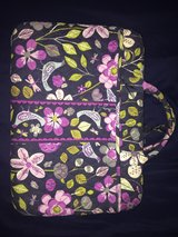 REDUCED - Vera Bradley Laptop/ MacBook Bag in Fort Leonard Wood, Missouri
