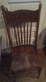 4 matching pressed back chairs in Batavia, Illinois