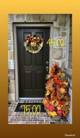 fall door wreaths in Kingwood, Texas
