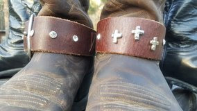 boot belt with crosses and rhinestones in Conroe, Texas