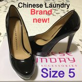 Brand new Chinese Laundry High Heels! Size 5 Black in Fort Lewis, Washington