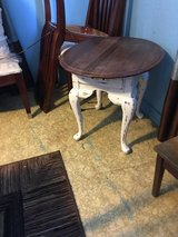Small accent table 27 inches long 23 inches wide 23 inches long in Houston, Texas