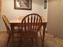 Dining table set in Tacoma, Washington
