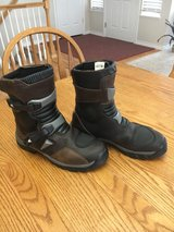 Forma Adventure low boots in Fort Carson, Colorado