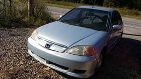 03 Civic Hybrid Extreme gas saver! in Fort Campbell, Kentucky
