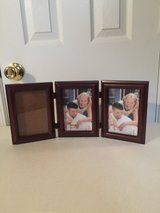 "3 - 4""x 6"" Picture Frames in Eglin AFB, Florida"