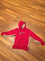 Nike hooded sweatshirt Sz small big boys in Morris, Illinois