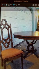 Vintage dining table & chairs in Fairfield, California