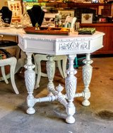 signed hand carved entry table in Camp Lejeune, North Carolina