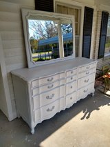 signed high end Vanleigh dresser/ mirror in Cherry Point, North Carolina