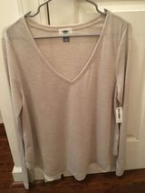 NWT Old Navy Top [L] in Beaufort, South Carolina