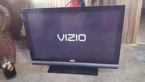 32 in vizio in Fort Knox, Kentucky