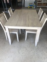 Kitchen table and 4 chairs in Conroe, Texas
