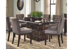 Dining Room Table seats 8  (No delivery) in Fairfield, California